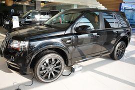 2015款路虎神行者2 2.0T Si4 HSE Luxury汽油版
