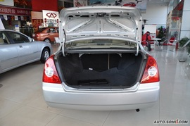 2010款奇瑞A5手动精英版