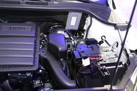 2016款大众Cross Santana 1.6L自动舒适型