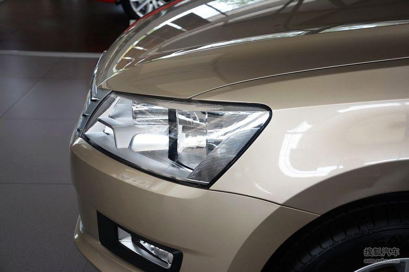 2015款大众桑塔纳 尚纳1.6L手动舒适版