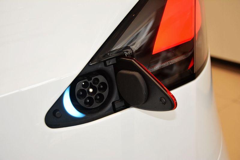 特斯拉发动机_【 特斯拉Model X图片】_底盘发动机_搜狐汽车网