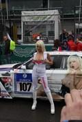 独家实拍 纽伯格林赛场上的香车与女郎