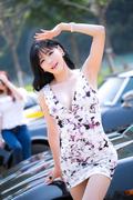 韩国车模甜美可爱 郊游自拍秀迷人身材
