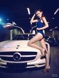 车模拍摄大尺度动作 香汗淋漓性感尤物