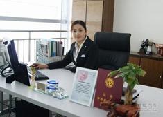 专访潍坊广宝店 BMW爱心大使蒋娜娜女士!