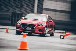 重庆试驾新款昂克赛拉 畅快体验驾驶乐趣