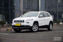 [天津]Jeep自由光现车充足购车优惠1.2万
