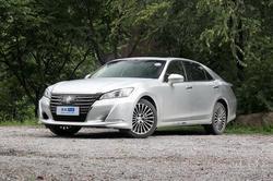 [上海]丰田皇冠降价二万元 车型颜色可选