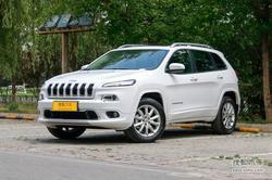 [西安]Jeep自由光全系让利2.12万 现车在售