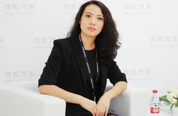 访龙星行董丹:售前售后精英是我们财富!