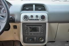 众泰50081.3L 舒适型中控台图片