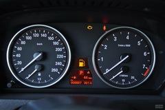 宝马X5xDrive35i 豪华型仪表板图片