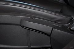 雪佛兰科鲁兹1.6T SE 手动 运动版座椅调节图片