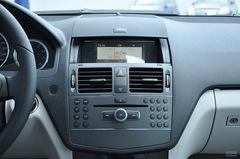 奔驰C级C 180 K 经典型中控台图片