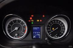 铃木凯泽西2.4L CVT 四驱运动导航版仪表板图片