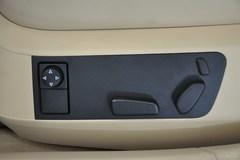 大众辉腾3.6L 5座加长商务版座椅调节图片