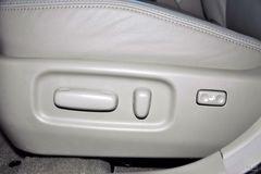 丰田卡罗拉2.0L GLX 手动座椅调节图片
