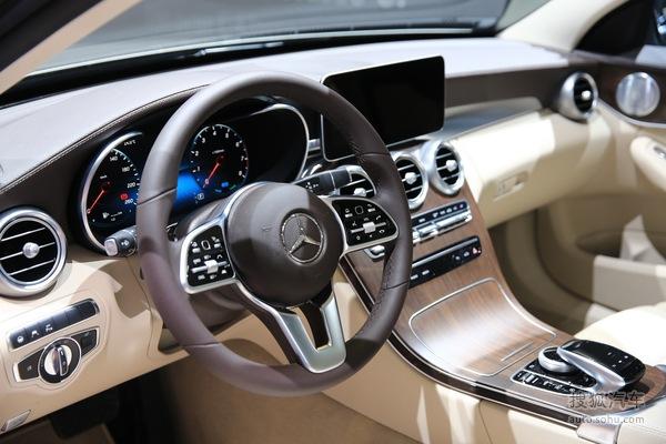 奔驰C200 日内瓦车展实拍