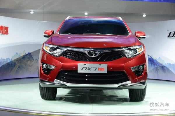 东南汽车增旗下首款SUV DX7广州车展首发