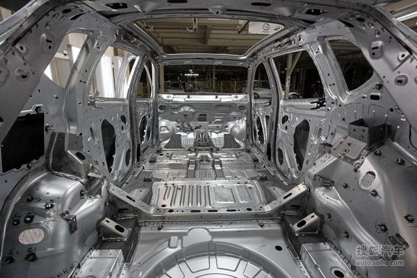 别克昂科威8横4纵安全车身机构及超高强度钢材分布