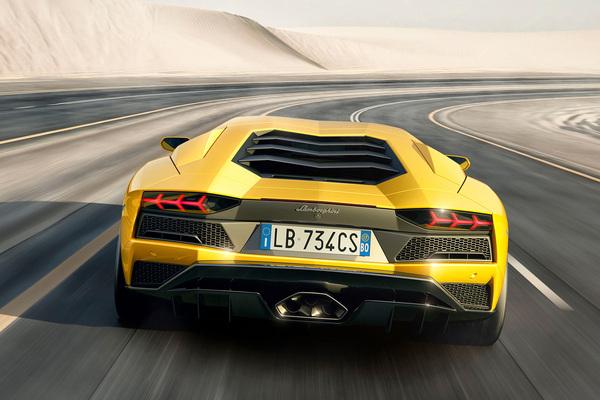 兰博基尼 Aventador 壁纸 官方 图片