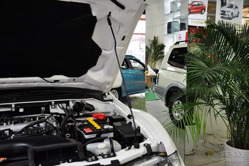 三菱广汽长丰帕杰罗2008款长丰帕杰罗3.0 GLX自动四驱型
