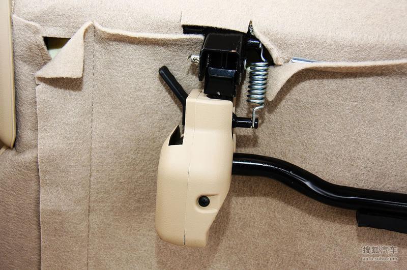 长安商用长安商用长安欧诺长安欧诺1.5l精英型试驾实拍高清图片
