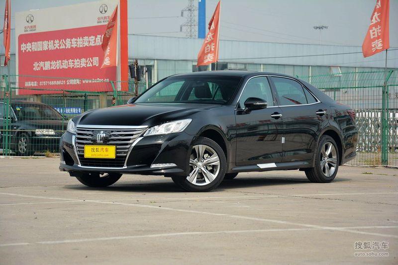 丰田皇冠 2016 款2.0T 时尚版外观黑色图片g高清图片