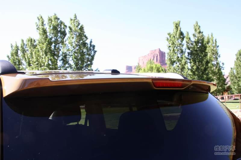 jeep吉普 吉普汽车 指南者 2011款吉普指南者70周年纪念版高清图片