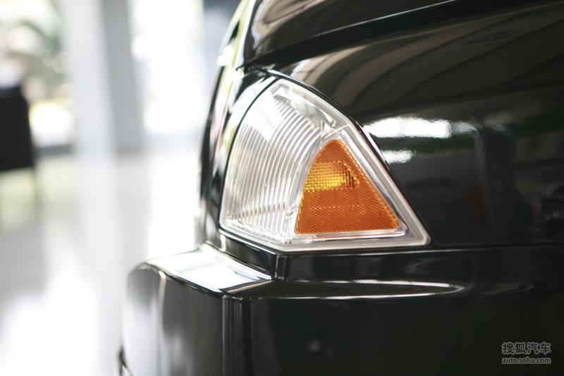 jeep指南者2010款吉普指南者2.4l运动版到店实拍高清图片