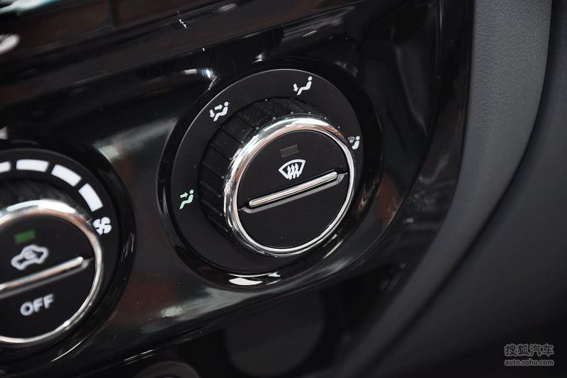 2013款长城风骏5欧洲版汽油大双四驱精英型