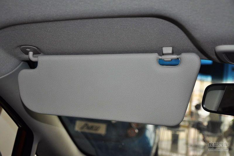 雪佛兰上海通用赛欧三厢2010款雪佛兰赛欧三厢 1.2sl手动温高清图片