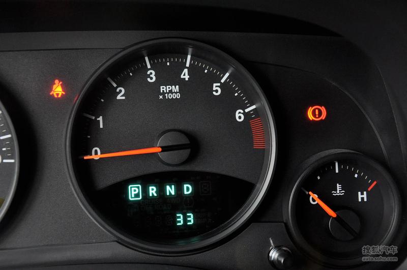 jeep吉普 吉普汽车 指南者 2011款jeep吉普指南者 2.4l 70高清图片