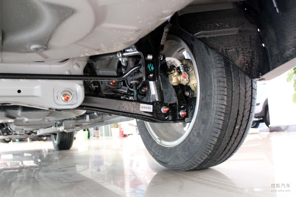 东南V5菱致2013款1.5L 旗舰型底盘 动力m1796550高清图片高清图片