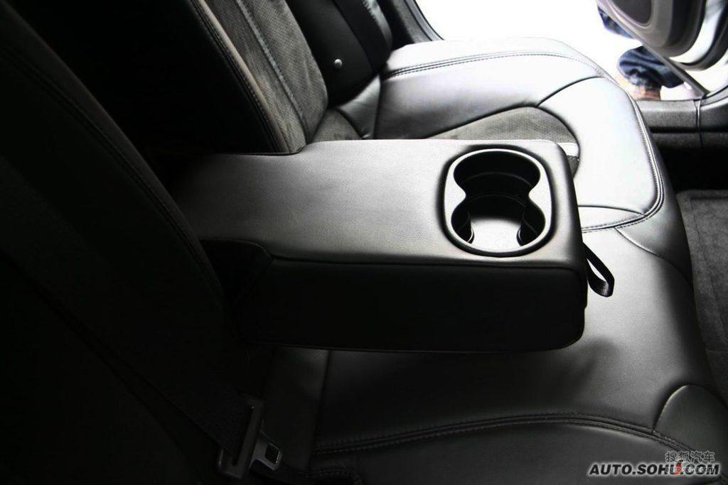 凯迪拉克cts v2009款6.2l高性能豪华轿车内饰g225270图片 高清图片