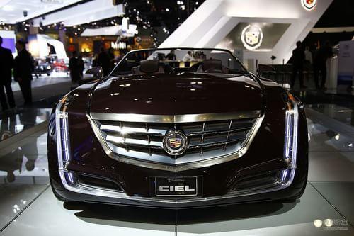 mg> 新车特点: 凯迪拉克ciel概念车采用了敞篷跑车式设计,车身高清图片