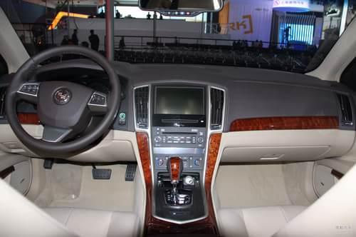 凯迪拉克SLS赛威2.0T 车展实拍