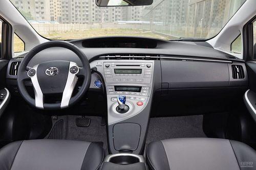 2012款丰田普锐斯1.8L豪华版到店实拍