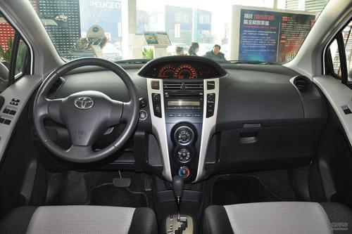 2011款丰田雅力士1.6GS自动锐动版到店实拍