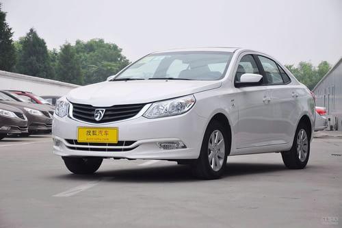2012款宝骏630 1.5L DVVT手动精英型
