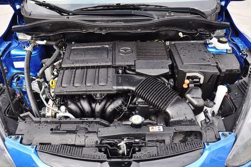 2012款马自达2 1.5L自动超值版
