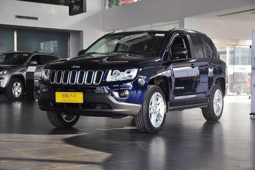 2013款Jeep指南者2.4L豪华版到店实拍