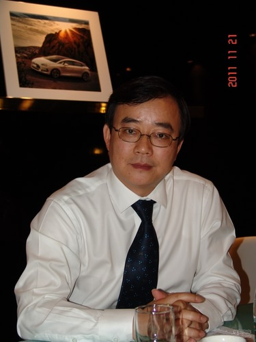 长安标志雪铁龙汽车有限公司执行副总裁 应展望