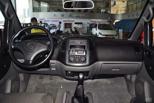 2013款东风风行菱智1.6L CM3舒适型