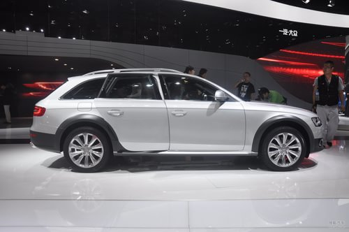 奥迪A4 allroad quattro北京车展实拍