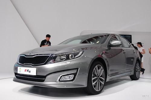 起亚K5 广州车展实拍
