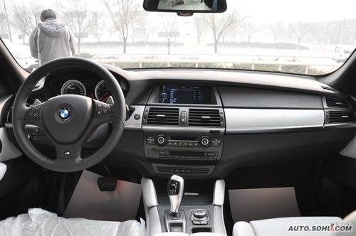 2010款宝马X5 M