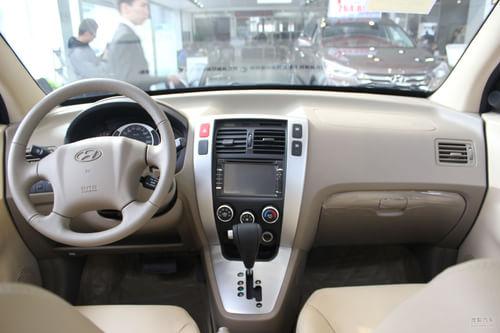 2013款途胜 2.0GL 2WD AT自动舒适型