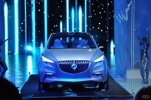 别克Envision愿景SUV概念车发布会现场实拍