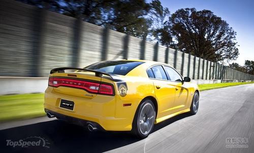 2012款道奇Charger SRT8 Super Bee